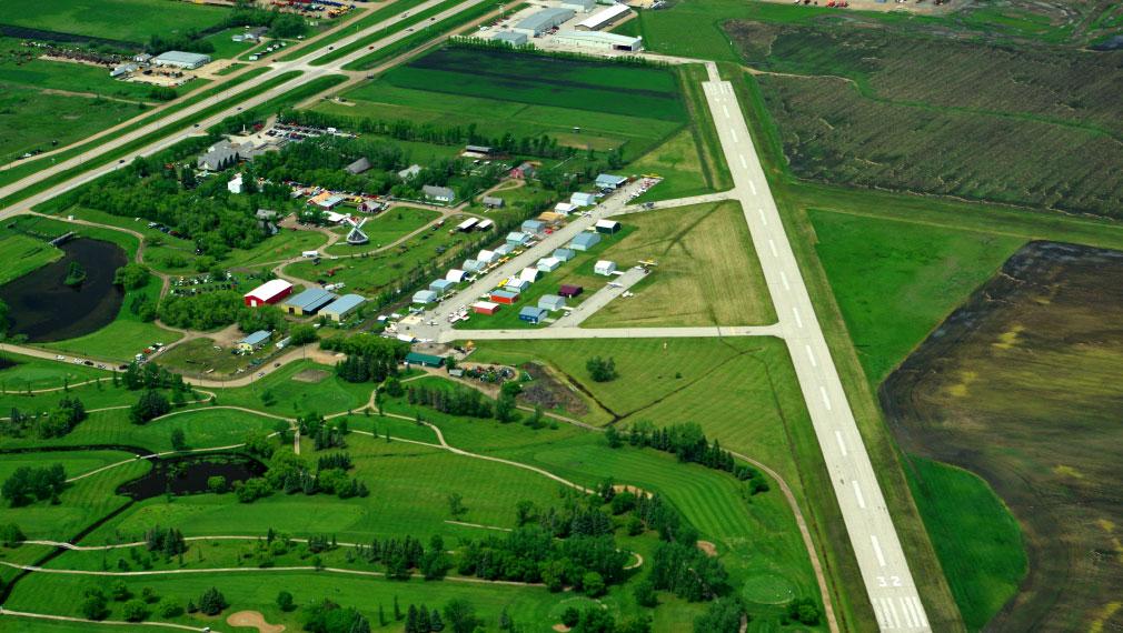 Steinbach Airport